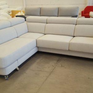 sofá sándalo